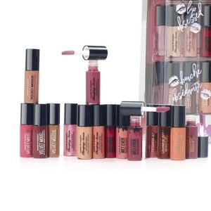 Hard Candy 20pcs Lip Locked Lip Colours Gift Set